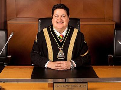 Photo of Tony Briffa while mayor of Hobson's Bay